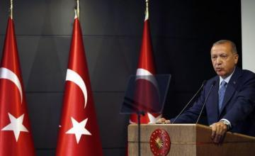"""Erdogan anuncia que Turquía intervendrá en Siria nororiental """"en pocos días"""""""