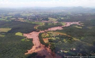 Colapso de represa de relaves de Vale en Brasil deja cientos de desaparecidos