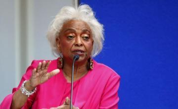 "Juez afirma que ex gobernador de Florida ""denigró"" a supervisora electoral de Broward"