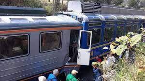 Al menos doce heridos en choque entre un tren y un autobús en el este de Cuba