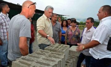 La Policía saca a los pobres de Cienfuegos por visita de Díaz-Canel y los manda… al Psiquiátrico
