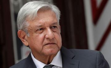 """López Obrador evita comentar el """"Viva México"""" de Maduro en la posesión"""