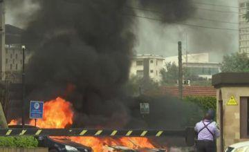 "Extremistas atacan hotel en Nairobi, se informa de ""varios muertos"""