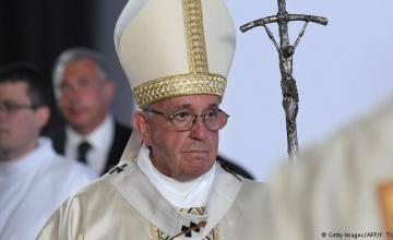 Papa dice que teme baño de sangre en Venezuela, no toma partido por ahora
