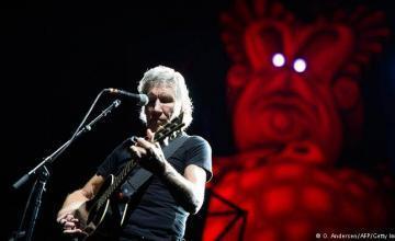 Roger Waters critica concierto organizado por Branson, dice EEUU quiere tomar control Venezuela