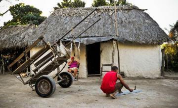 La constitución no garantiza un futuro económico de prosperidad para los cubanos