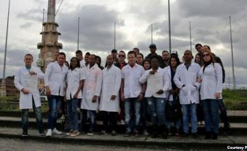 Resolución para restaurar el refugio de médicos cubanos en EEUU se presenta ahora al Congreso