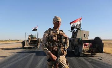 """Fuerzas kurdas en alerta ante células del EI tras el colapso del """"califato"""""""