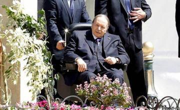 El jefe del ejército argelino pide inhabilitar al presidente Bouteflika