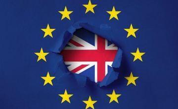 Parlamento británico vota a favor de aplazar la fecha de salida de Reino Unido de la Unión Europea