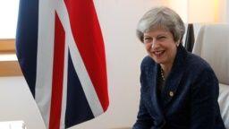 Se avecina crisis del Brexit para Theresa May ante estancamiento diálogo UE