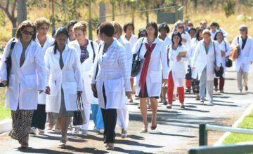 Médicos cubanos en Brasil deben tomar una difícil decisión… y pronto