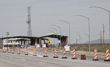 EE.UU. cierra controles internos para centrarse en frontera