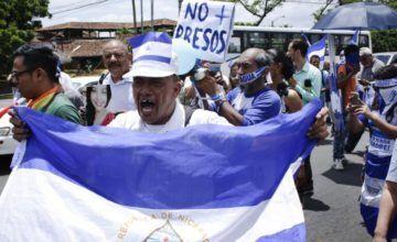 Calma tras violencia policial contra manifestantes opositores en Nicaragua