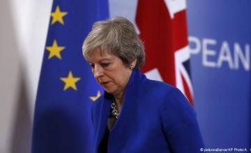 May escribirá el martes o el miércoles a la UE para solicitar el retraso del Brexit