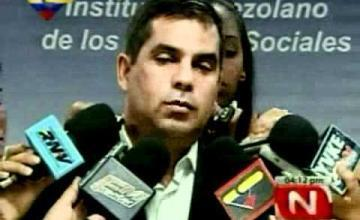 """General venezolano escapa a Colombia, dice no puede ser leal a un gobierno """"de incapaces y corruptos"""""""