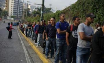 Desesperación y rabia a medida que se prolonga el apagón en Venezuela