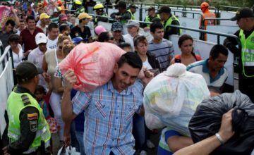 Ecuador preocupado por desplazados colombianos en frontera