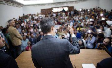 Guaidó se reúne con la Asamblea Nacional de Venezuela