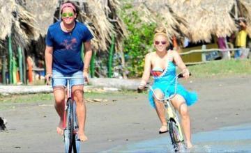 Shakira y Carlos Vives consideran que la querella de plagio dañó su dignidad