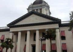 Líderes empresariales de Florida contra leyes anti-inmigrantes ilegales