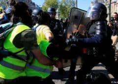 Los disturbios entre radicales y la Policía en las protesta de los chalecos amarillos dejan 189 detenidos en París