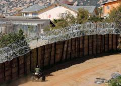 Pentágono construirá más campamentos fronterizos para miles de inmigrantes indocumentados a deportar