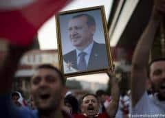 Veteranos del partido de Erdogan critican repetición de comicios en Estambul