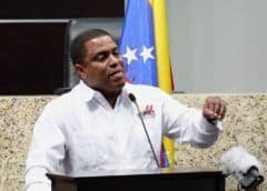 Venezolanos a Guaidó: Pida aplicar TIAR para enfrentar 'invasión de cubanos castristas'