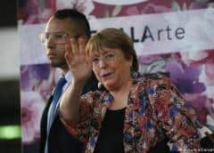Bachelet se reúne con el canciller venezolano en Caracas