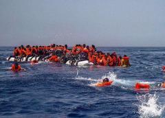 Unas 115 personas habrían muerto frente a costas libias tras hundimiento de barco