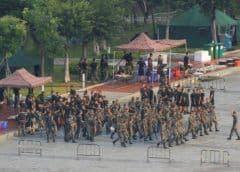 China amenaza con usar la fuerza para sofocar las manifestaciones en Hong Kong
