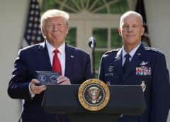 Trump crea Comando Espacial de las Fuerzas Armadas