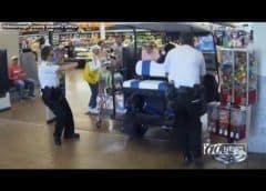 Hombre atropella a varios compradores con carrito de golf en una tienda Walmart de la Florida