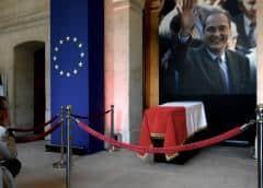 Homenajean al fallecido expresidente francés Jacques Chirac antes de actos oficiales