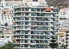 """Unos 500 hoteles cerrarán """"de forma inmediata"""" en España tras quiebra de Thomas Cook"""