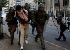 Chile: Ejército patrulla calles de Santiago tras jornada de furia