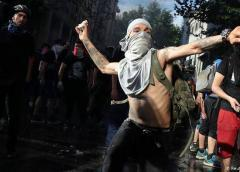 Los sectores minero y portuario se unen a las protestas en Chile