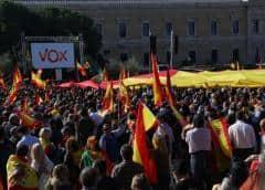 Partido derechista Vox congrega a miles de personas en Madrid