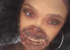 Se maquilló como una zombi y casi la internan en un hospital porque creían que estaba herida