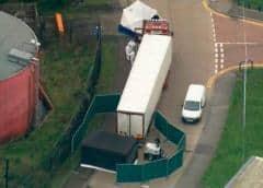 Descubren 39 cadáveres en un camión en el Reino Unido