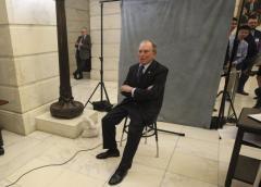 Bloomberg lanza campaña presidencial
