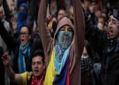 Protestas contra Duque desafían el toque de queda en Bogotá