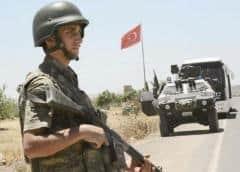 Medio reporta intensos combates entre tropas sirias y turcas