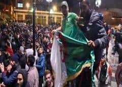 Argelinos eligen nuevo presidente en polémicos comicios