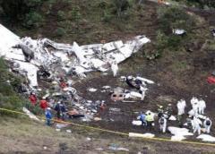Se estrella avioneta entrando al aeropuerto de Caracas: Al menos 9 muertos
