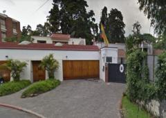 Guatemala: exministro estuvo en casa de embajador Colombia