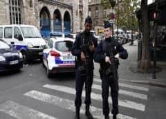 Policía francesa mata a disparos a hombre cerca de París tras letal apuñalamiento