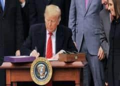 Trump firma el tratado de libre comercio con México y Canadá en la Casa Blanca