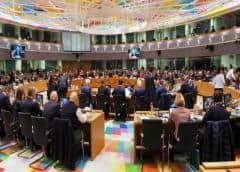 UE: puerta abierta para Guaidó, observación para Bolivia